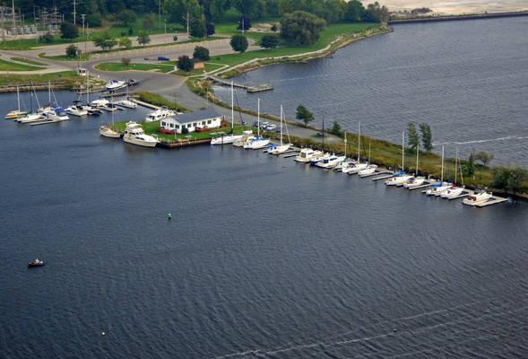 Ludington Yacht Club