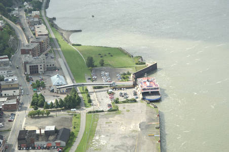 Traverse Quebec Levis