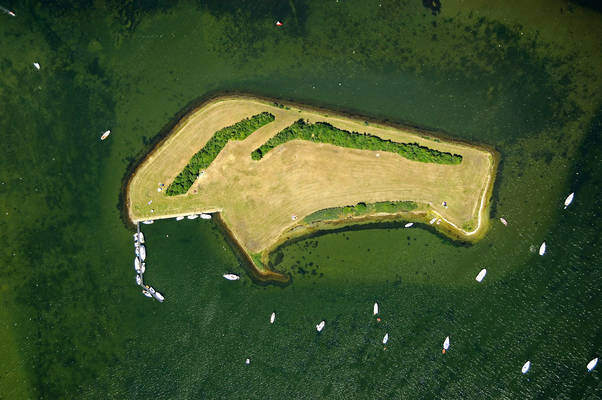 Schelphoekplaat Yacht Harbour