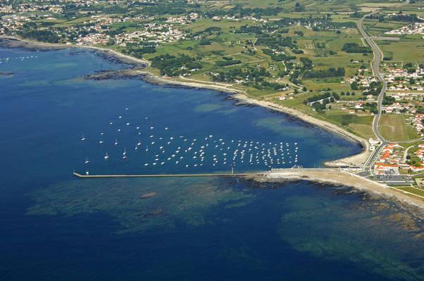 Pointe De Saint Gildas Marine Center