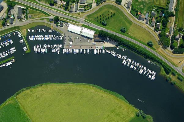 De Groot Yacht Harbour