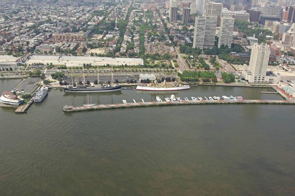 Penn's Landing Marina