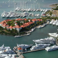 Yacht Club Port De Plaisance