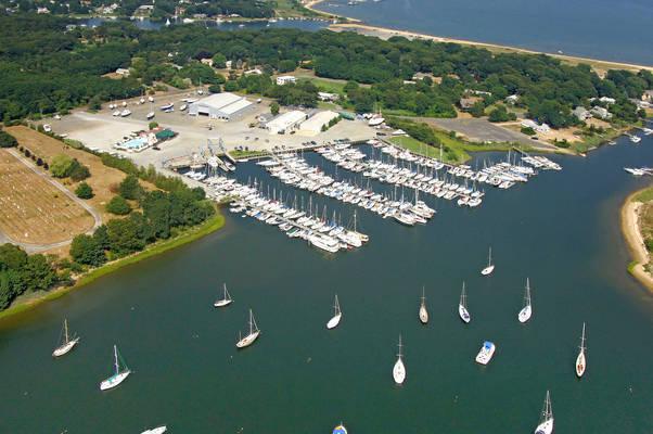 Brewer Yacht Yard at Greenport