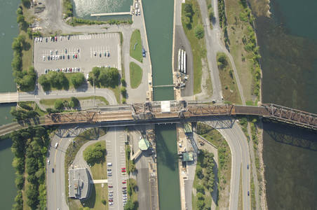 Canadian National Lift Bridge