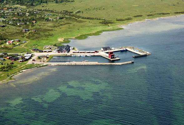 Kaarehamn Road Marina