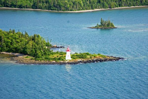 Shaganash Island Light (Island # 10)
