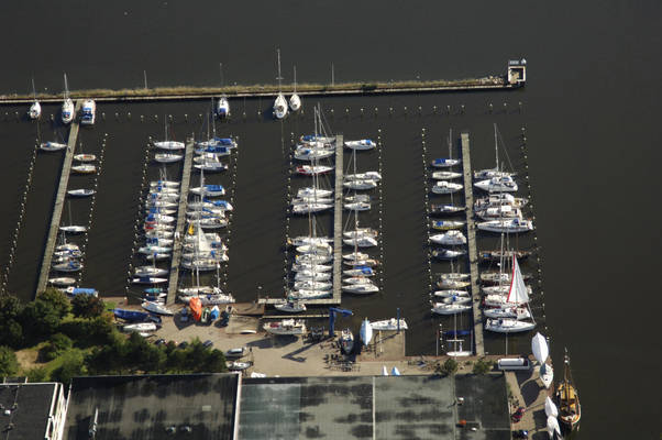 Wiking Yacht Harbour Marina