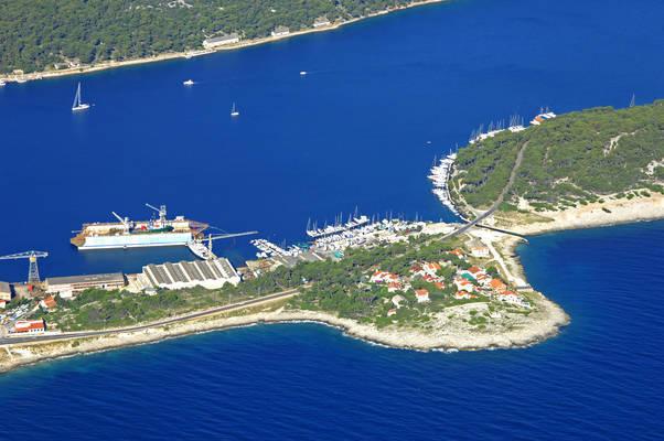 Marina Mali Losinj Yacht Club