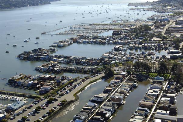 Waldo's Point Floating House Docks