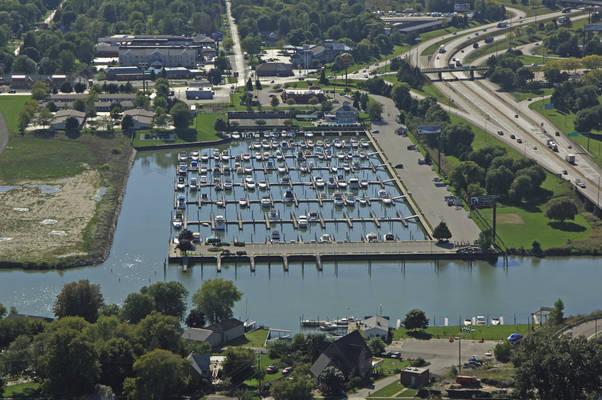 Bridge Harbor Marina
