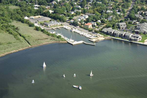 Bay Shore Yacht Club