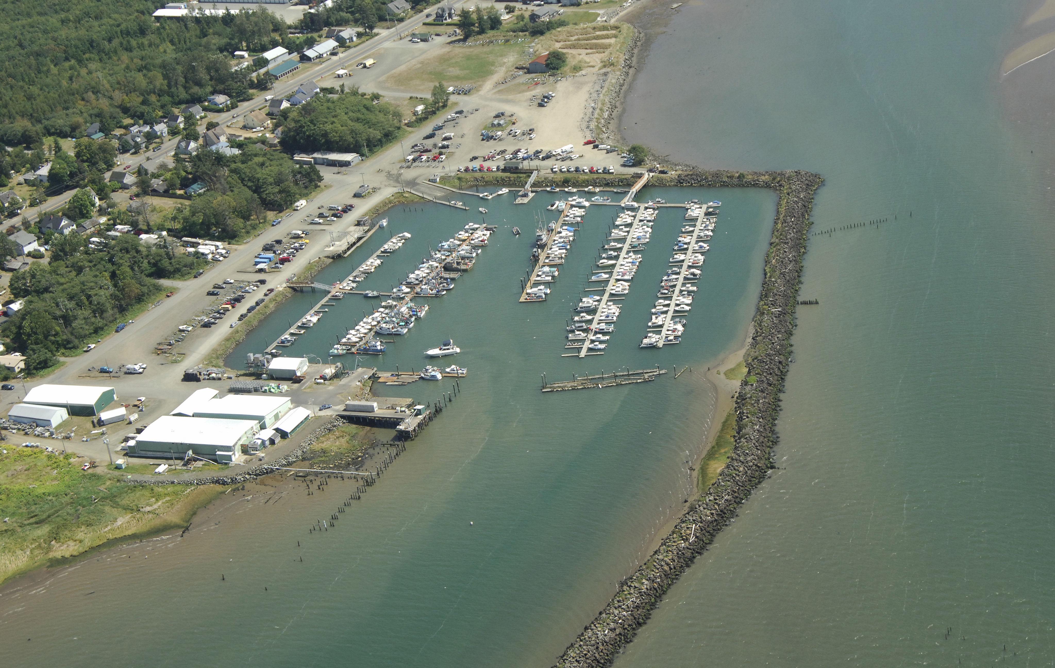 Port Of Chinook In Chinook Wa United States Marina
