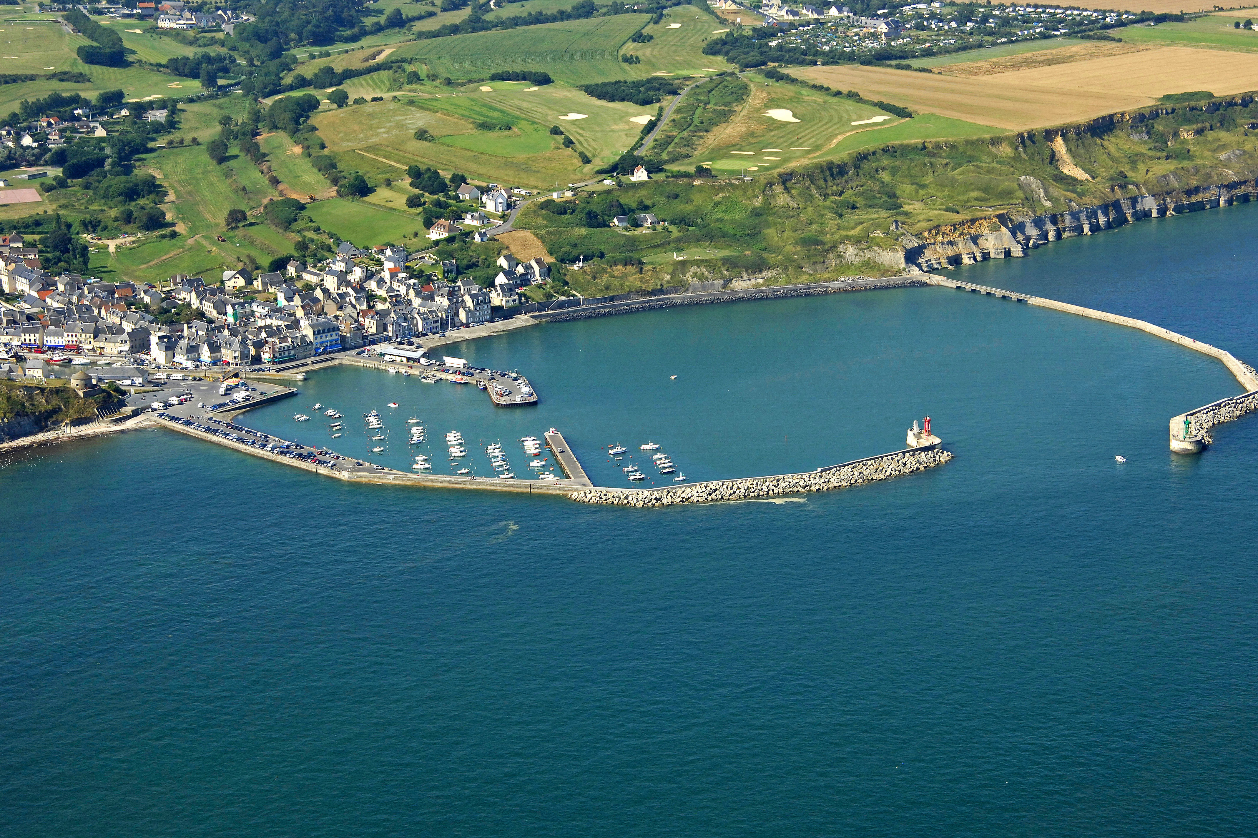 Port En Bessin North Marina In Port En Bessin Huppain Low Normandy - Location port en bessin