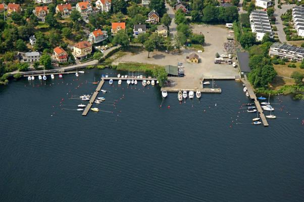 Bergviks Brygga Marina