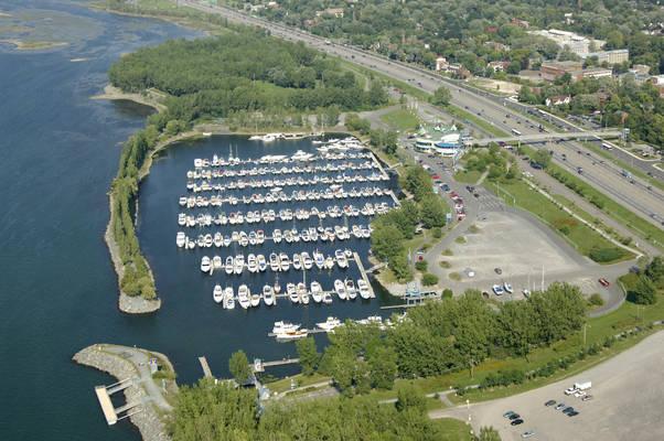 Port De Plaisance De Longueuil