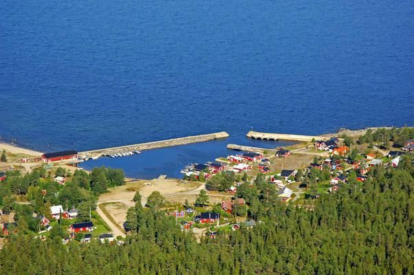 Junibosand Marina