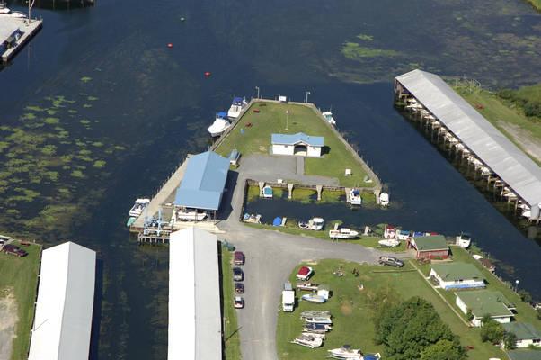 Harbor's End Marina