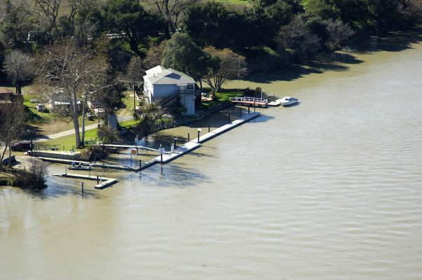 Vieira's Fuel Dock