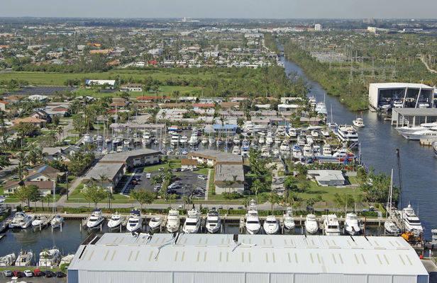 Royale Palm Yacht Basin