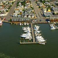 Beach Haven Yacht Club Marina