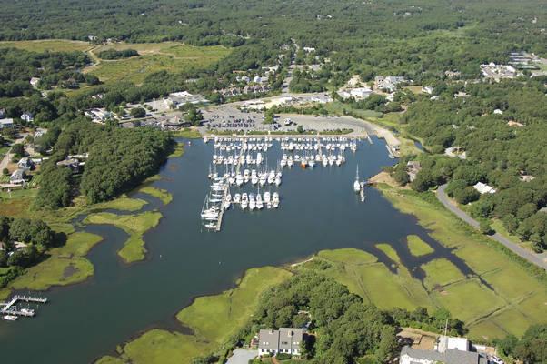 Saquatucket Municipal Marina