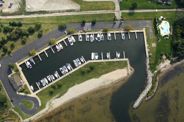 Lakeshore Yacht Harbour