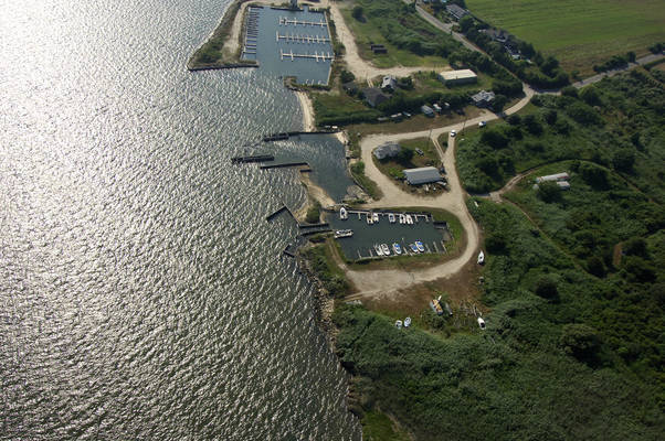 Tadsens Fishing Station & Marina