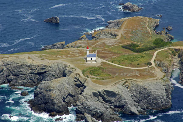 Les Poulains Light (Pointe des Poulains Light)