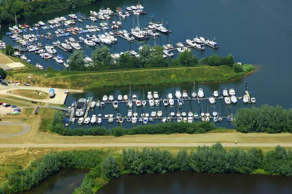 Hoogeerd Watersport Marina