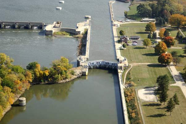 Dresden Island Lock