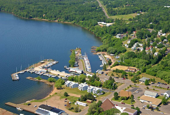Apostle Islands Yacht Club