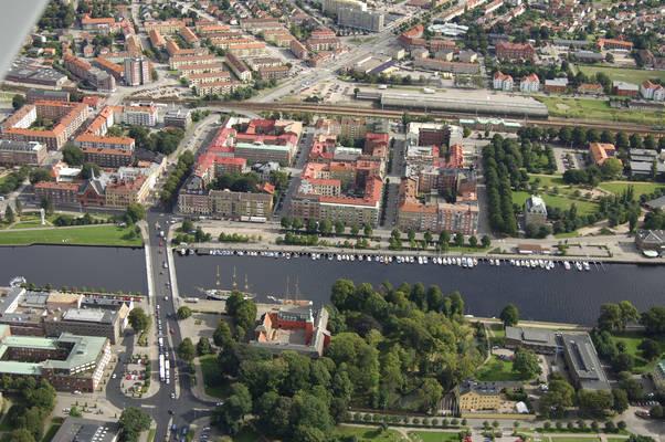 Gula Briggens Gata Road Marina