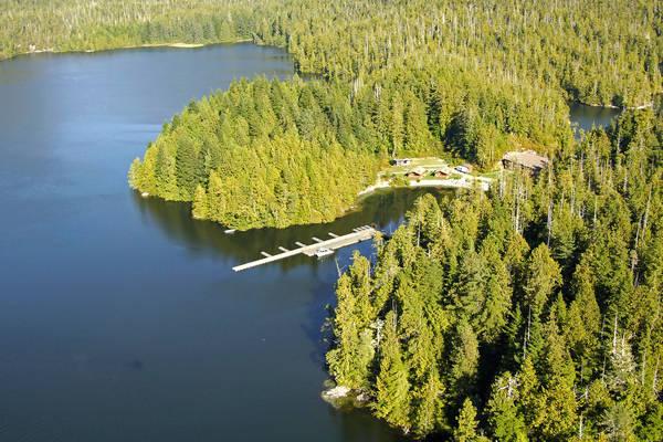 Eagle Nook Wilderness Resort & Spa