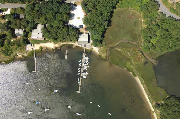 Waquoit Bay Yacht Club