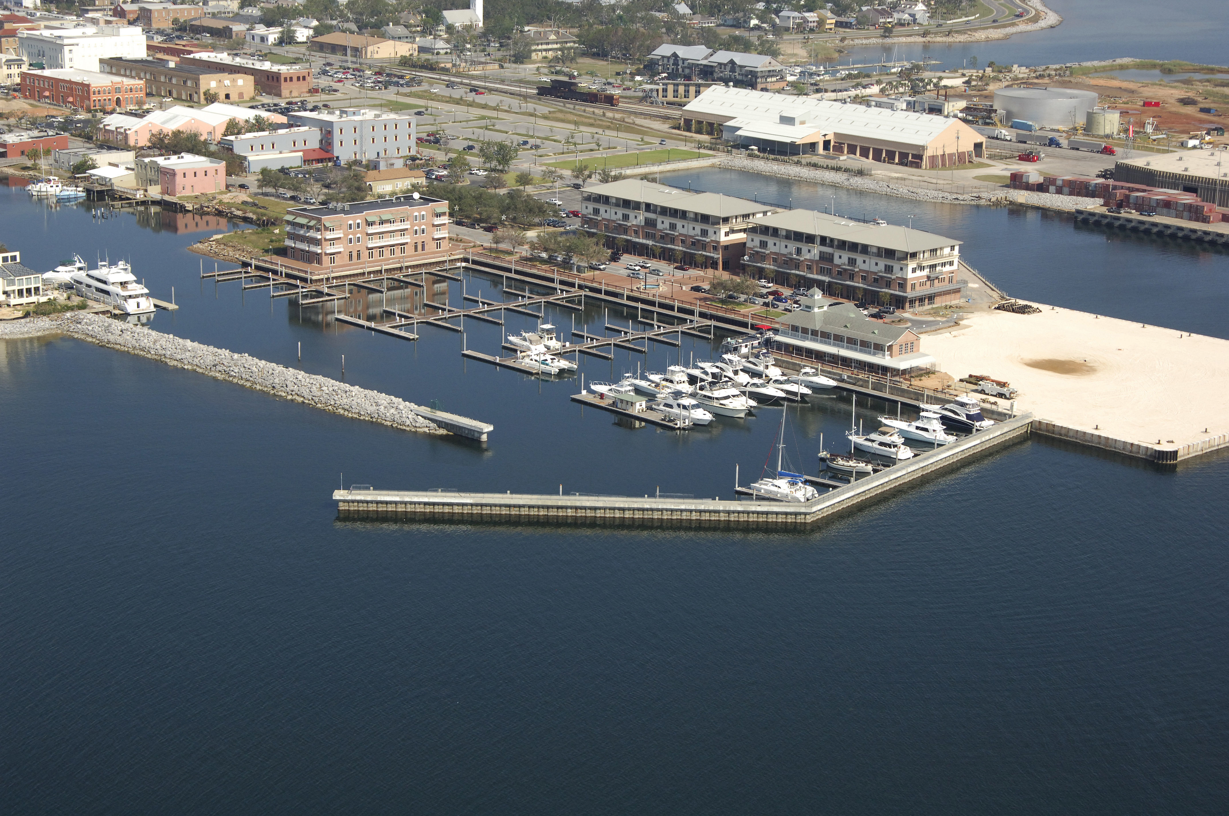 Palafox Pier & Yacht Harbour Marina in Pensacola, FL ...