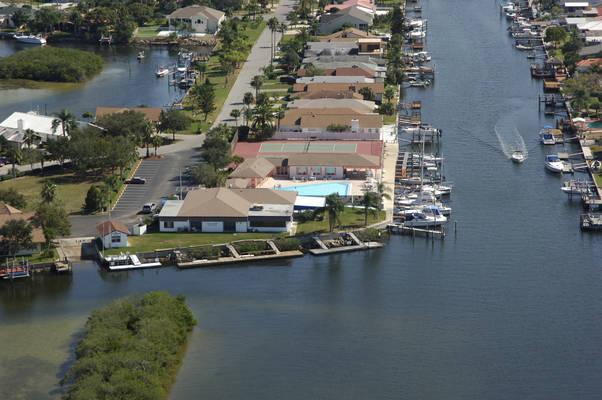 Gulf Harbors Yacht Club