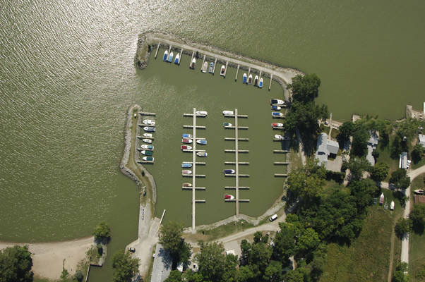 Castaway Harbor