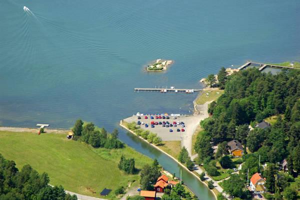 Stenvik Road Marina