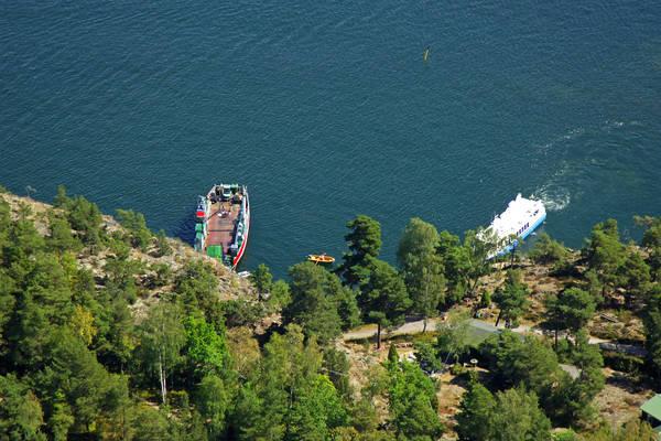 Bristaudde Ferry