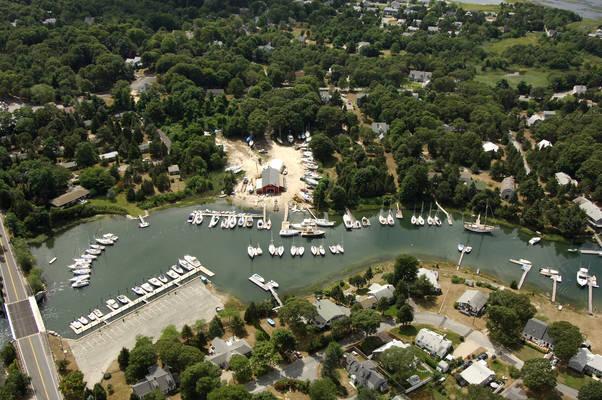 Barlow's Boat Yard