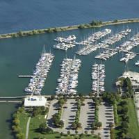Lakefront Promenade Marina