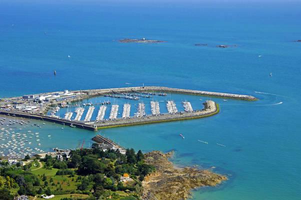 Saint Quay Port D'Armor Marina