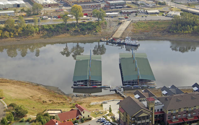 Mud Island Marina - Memphis Yacht Club