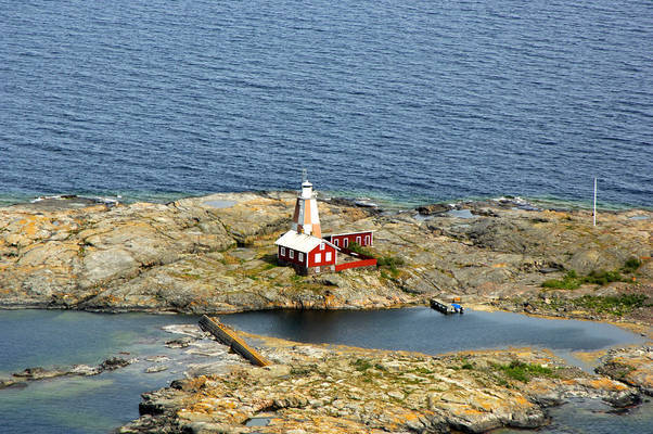 Stor Klaeppen Lighthouse