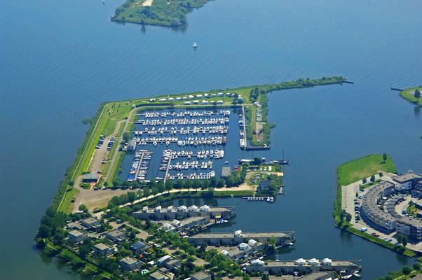 Bolhaven Marina