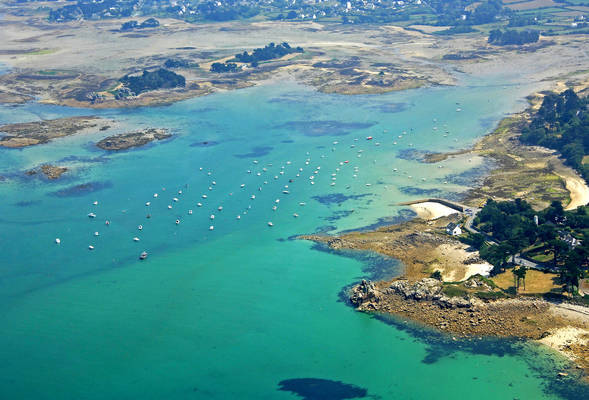 Port Blanc Marina