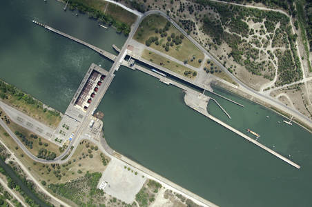 Beaucaire Lock