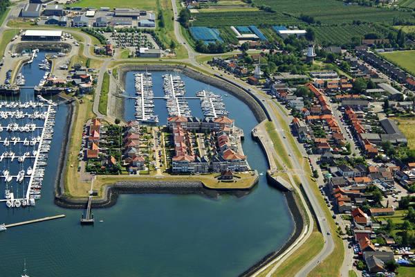 Wemeldinge Binnenhaven Yacht Harbour
