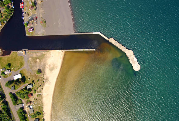Traverse River Inlet